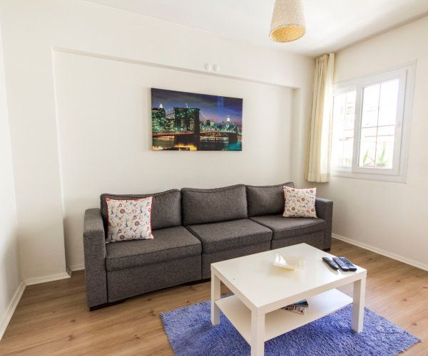Secure Apartment in Front of Alsancak Exhibition Center - 2