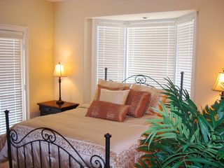 Clearwater Beach townhome photo - 3rd Level - Bedroom 2 of 2 - Queen Bed with walk-in closet