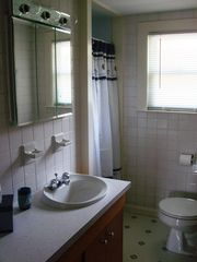 Rye cottage photo - Bathroom with shower