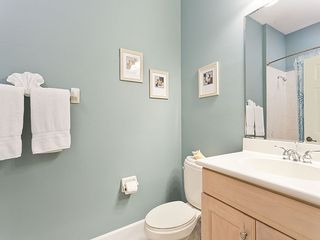 Ormond Beach condo photo - Our 2nd full bathroom