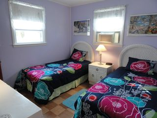 Beach Haven house photo - Great kids room!