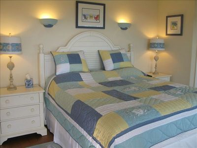 Anna Maria villa rental - Master bed with ensuite stunning panoramic ocean views