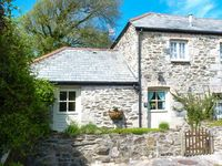 HONEYCROCK, family friendly, with a garden in Crantock, Ref 904729