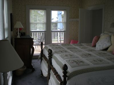 Second Floor Master Bedroom - Overlooking Ocean