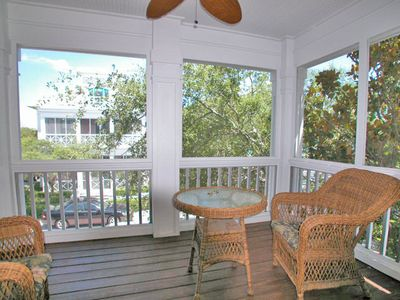 Fur, Fins and Feathers - Porch - Cottage Rental Agency