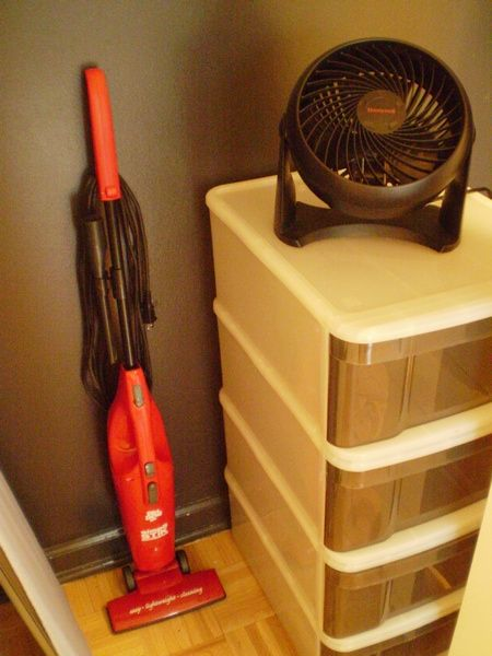 Small vacuum and powerful table/floor fan is provided.