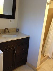 Ludlow apartment rental - Bathroom