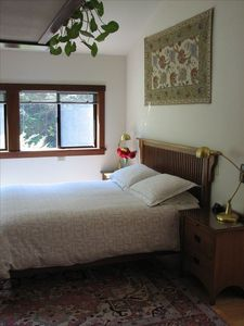 Comfortable queen bed with nice linens