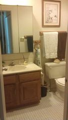 Brigantine townhome photo - Bathroom, tub/shower, hair dryer, curling iron