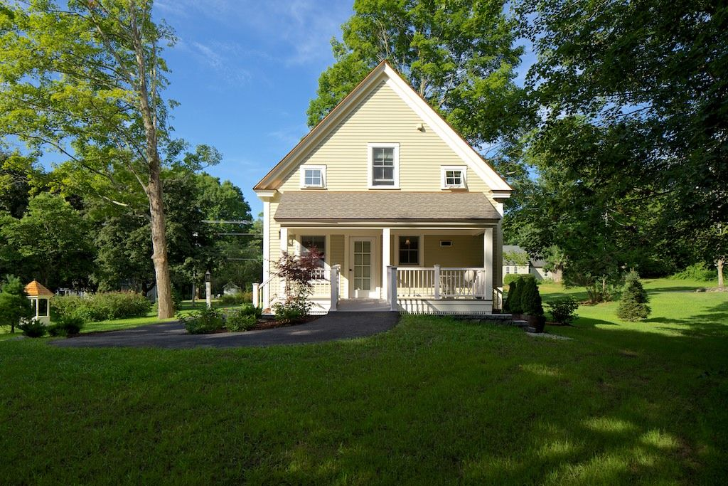 39 39 a maine gem 39 39 beautiful new england homeaway freeport for House plans maine