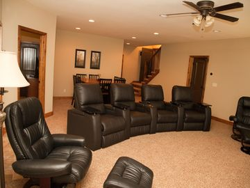 Theater Room - Comfortable motorized reclining theater seats