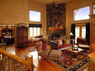 Bend house photo - Great Room with huge fire place and entertainment center.