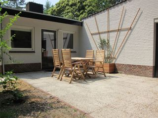 Mook en Middelaar bungalow photo - Patio for alfresco dining