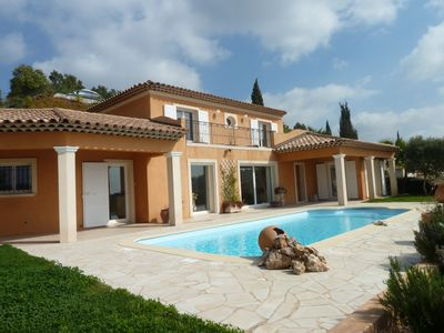 Large 3 bedroom villa for 6 people with pool and sea view