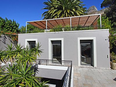 Vacation with dream pool in the most beautiful and best location of Cape Town