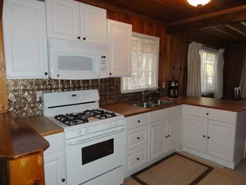 Wrightwood cabin rental - Renovated Kitchen with everything need.