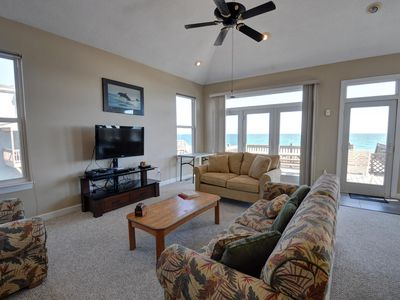 North Topsail Beach house rental - Living room: 42' TV, Bluray Player, Cable, WiFi,