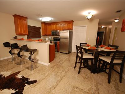 Vanderbilt Beach bungalow rental - Kitchen and dining area