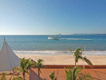 This Is Your View. Boats Of All Sizes Cruise In Front Of Our Terraza Every Day.