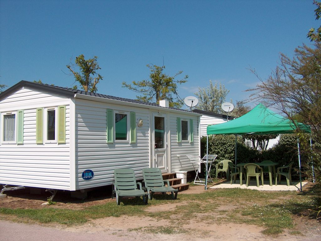 Rental mobile home island of oleron 922839 - The mobile house on the unstable island ...