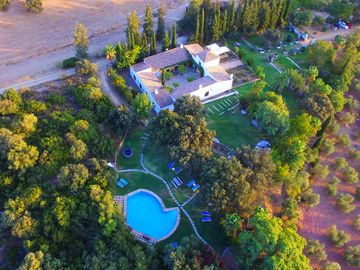 Authentic Spanish country house with royal garden and lovely pool