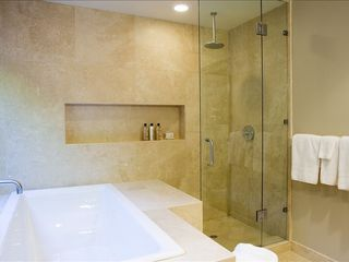 Rancho Mirage villa photo - travertine master bathroom