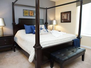 Orlando condo photo - MASTER BEDROOM ( FYI PIC IS NOT SHOWING AREA WHERE DRESSER IS & WALKING CLOSET
