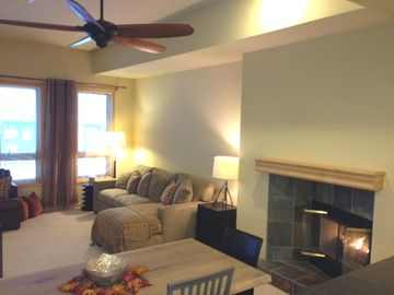 Kirkwood condo rental - Cozy Fireplace and Dinning for 7 people
