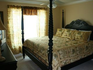 Surfside Beach house photo - Master bedroom on lower level. King bed with walk in closet.