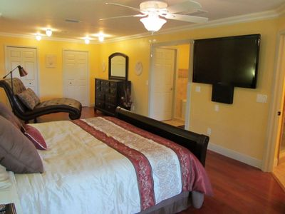 Cape Coral villa rental - Master Bedroom & LED TV