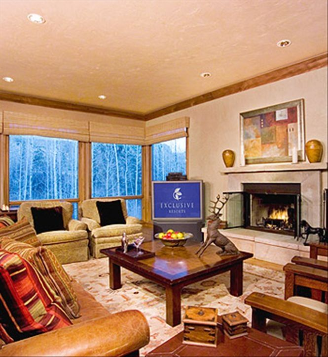 4 Bedroom Townhomes: Luxury 4 Bedroom Townhome, Ski In/Out, Hot...