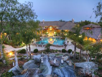 Temecula estate rental - Waterfall & Pool