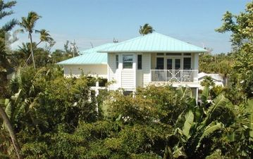 Captiva Island house rental - View Of Back Of Home