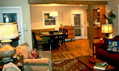 Blowing Rock cottage rental - Open living, dining and kitchen area