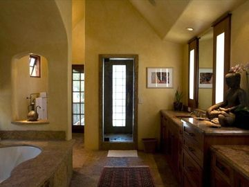 Master Bath with airjet jacuzzi and steam room