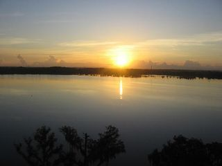 Lake Buena Vista condo photo - Beautiful sunrise over Lake Bryan!