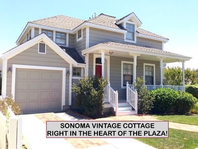 Our Adorable Cottage is steps away from the Sonoma Plaza.