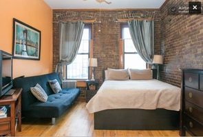 Lovely furnished NYC apartment. Queen Platform Bed. Futon sofa bed.