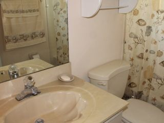 New Smyrna Beach house photo - Main Bathroom