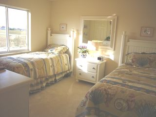 Cape Coral house photo - Sunny twin bedroom with shell theme with TV