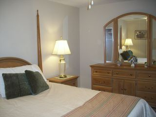 Colonial Beach cottage photo - Convenient to second bath; like having two master bedrooms.