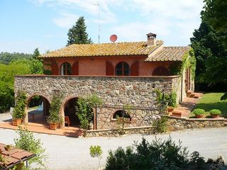 Chiusi villa photo - The Villa stands on a hill, the first floor has 4 double bedrooms.