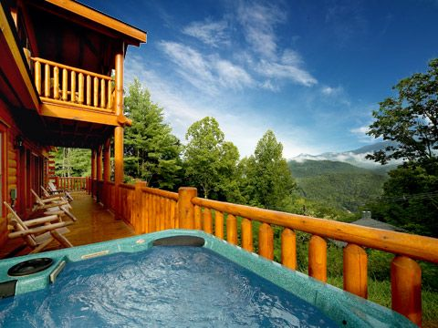 Bear family a mountain top luxury 5 4 cabin vrbo Best mountain view cabins in gatlinburg tn