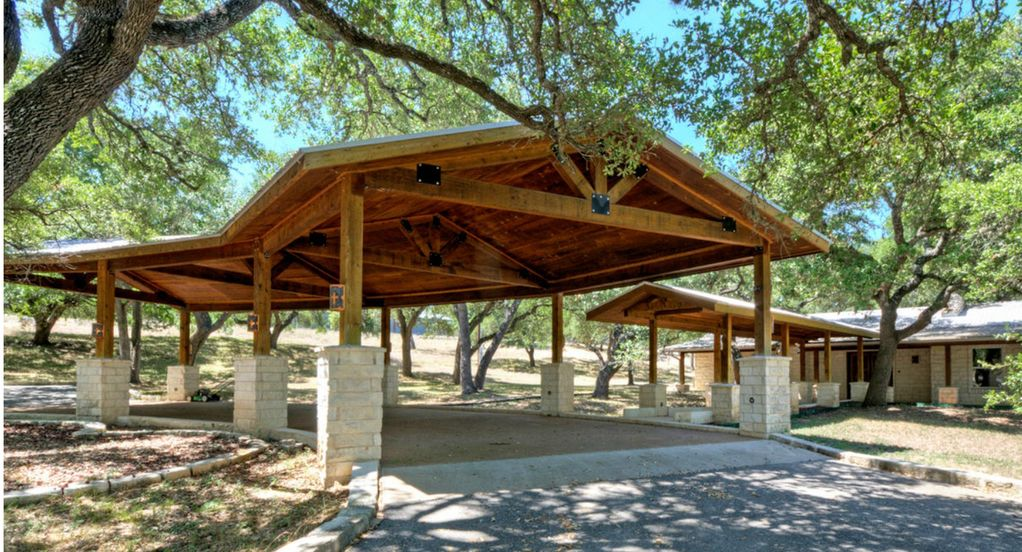 Texas Hill Country Hideaway – Dripping Springs