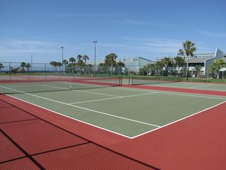 Sunnyside condo photo - Tennis courts.