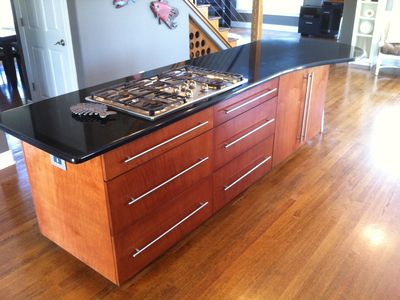 Island Cooktop Kitchen