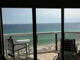 MILLION DOLLAR VIEWS!  PRIVATE BALCONY!!! OVERLOOKING EMERALD GREEN GULF!