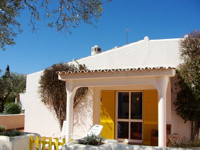 2 Bed traditional Algarvia style Villa located in the popular Aldeia do Golfe