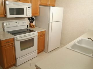 Cocoa Beach condo photo - Kitchen