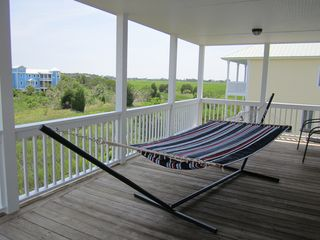Harbor Island house photo - Brab a book & have a relaxing nap in the hammock on the 2nd floor/master porch